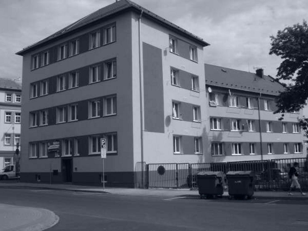 revitalizace-bytoveho-domupartyzanskachomutov